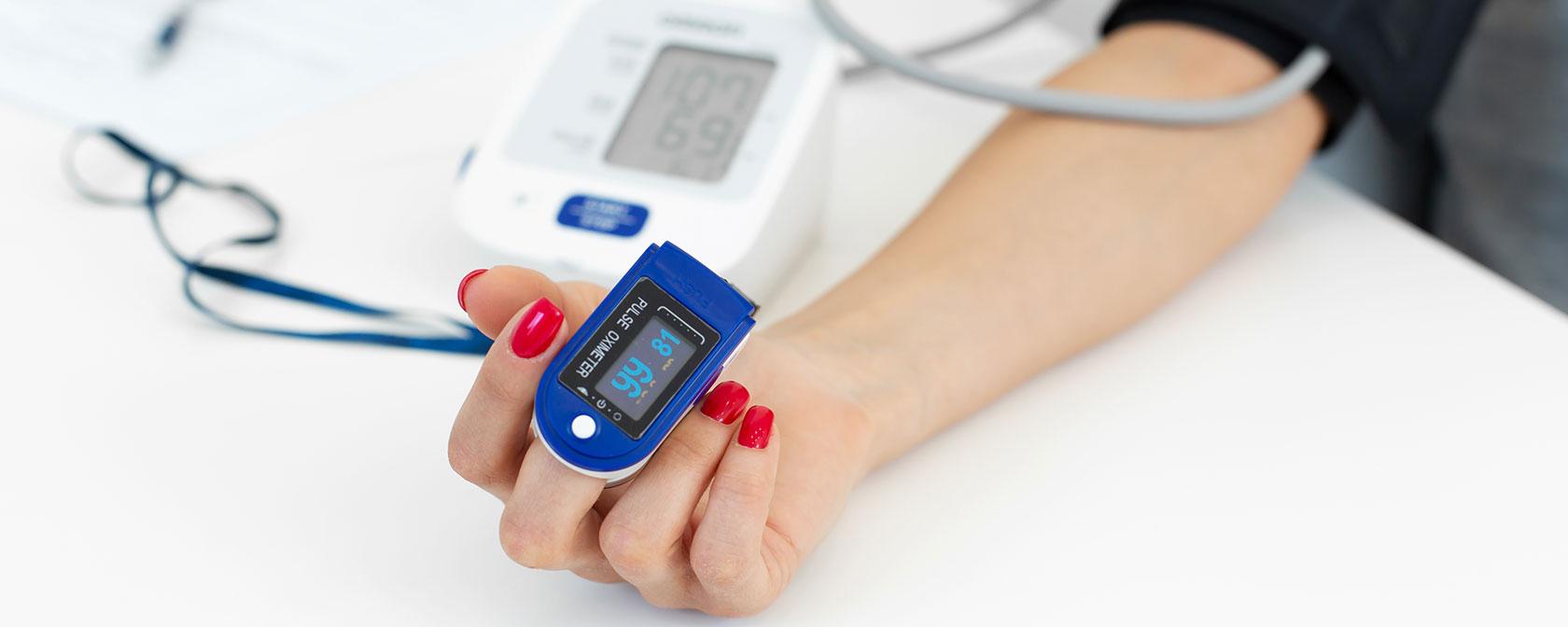 Surveiller sa santé avec du matériel pour l'auto-diagnostic
